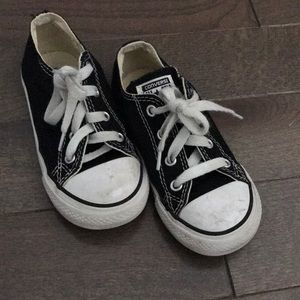 Kids converse all stars size 9 pre loved